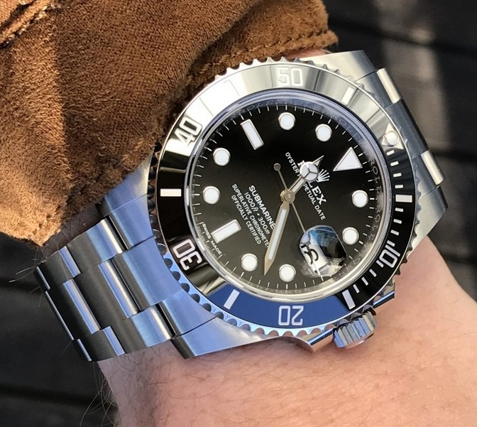 Great Choice - Black Watches Guide