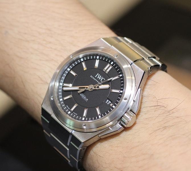 Replica IWC Ingenieur Steel Black Dial IW323902 Watch
