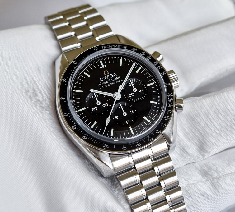 Steel Watches For Summer – Replica Watches Guide